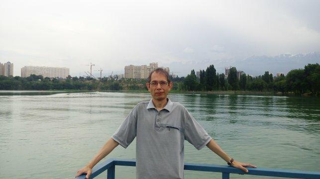 В какую школу отдать ребенка - в казахскую или русскую?